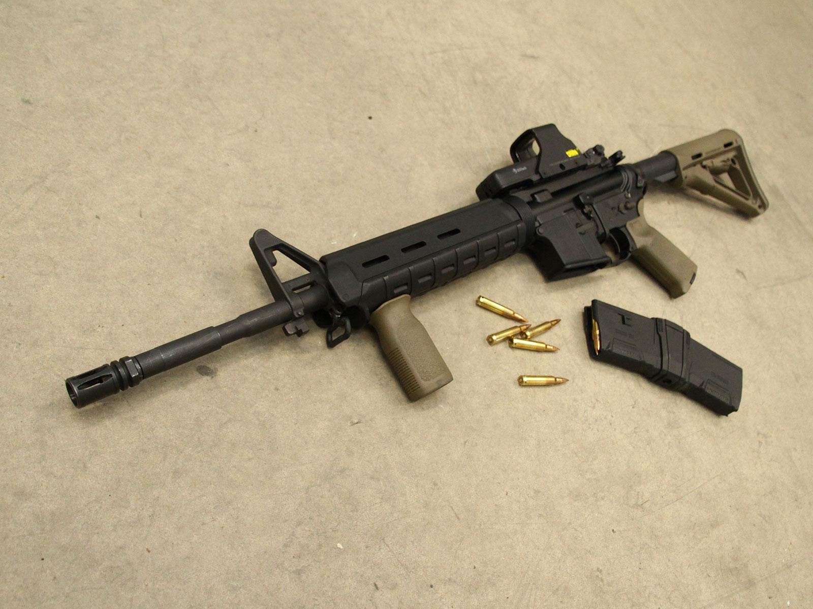 SH_Web_Wir_Waffen_Sabre-Defence1_1600x1200